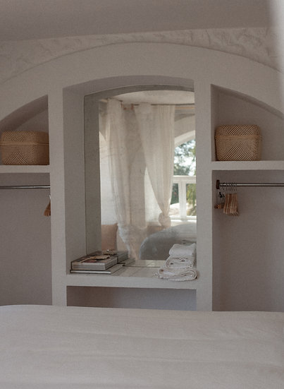 2 BEDROOMS (sleeps 4) Isa & Clau´s Rooms - From 16th to 18th  (€230/night)