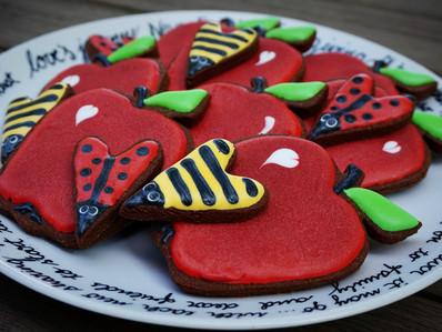 Baking back to school cookies