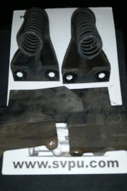 84-92 Lincoln Mark VII grill spring brackets w/ rubber gasket-Pair-used