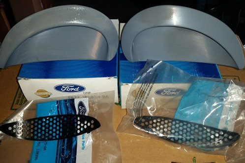 96-98 Mustang Cobra Hood scoop inserts w/ grills-New Old Stock