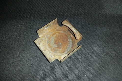 84-92 Lincoln Mark VII airbag retaining clip-used