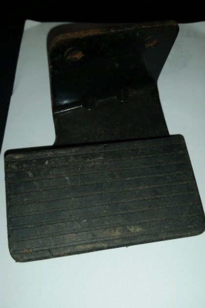79-93 Mustang Dead pedal-used