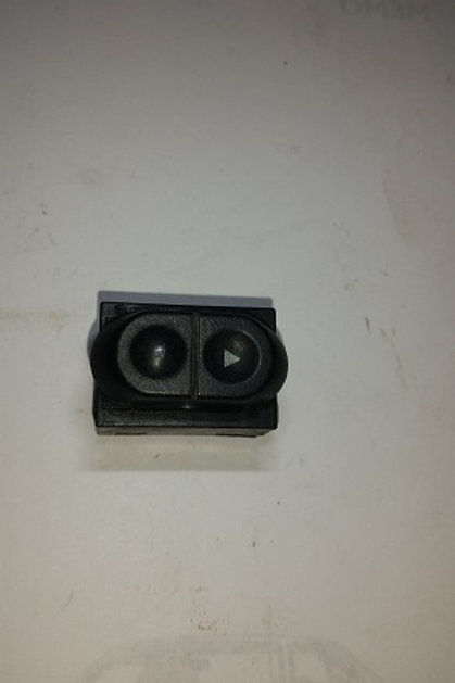 87-93 Mustang Power window switch-used
