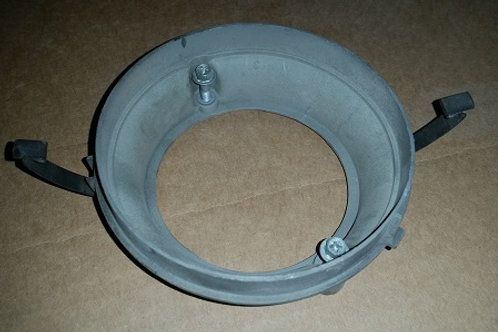 5.0 HO distributor cap base-used
