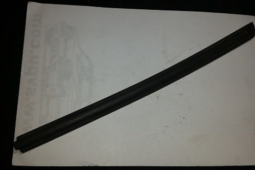84-86 Mustang SVO Right Front Fender molding-used