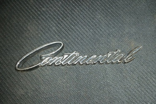 Lincoln Continental nameplate-used