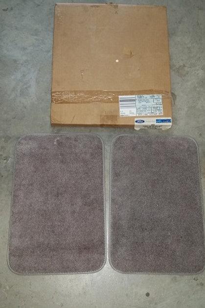 1990-92 Mustang Titanium rear floor mat kit-NOS