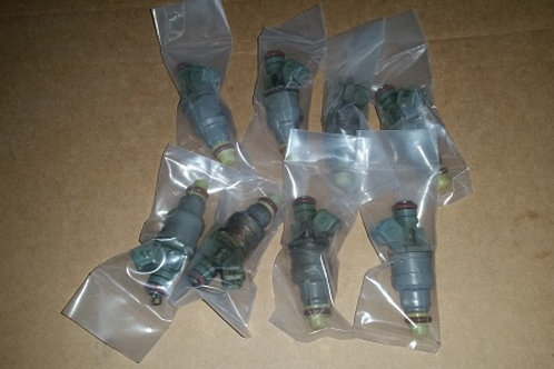 24lb Fuel injectors-set of 8-Freshly serviced