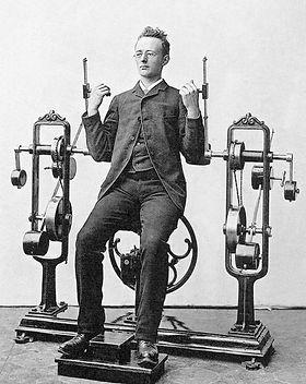 Maquina-biceps.jpg
