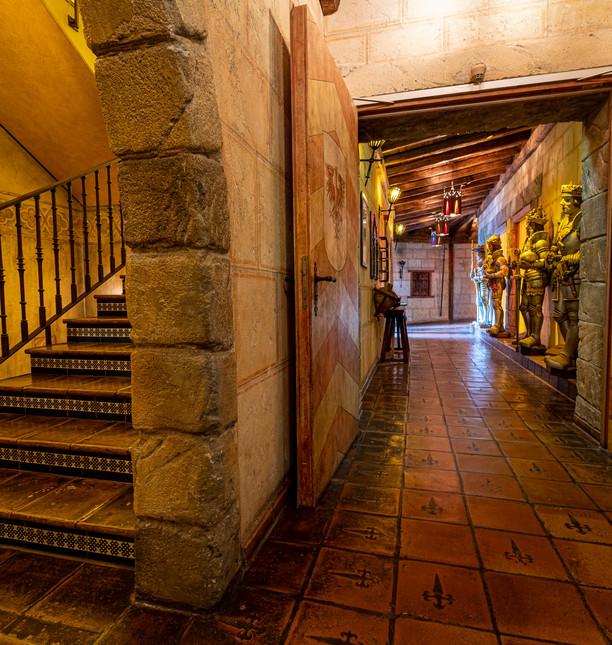 EP20_Hotels_Castillo_Alcazar_Rittergang_