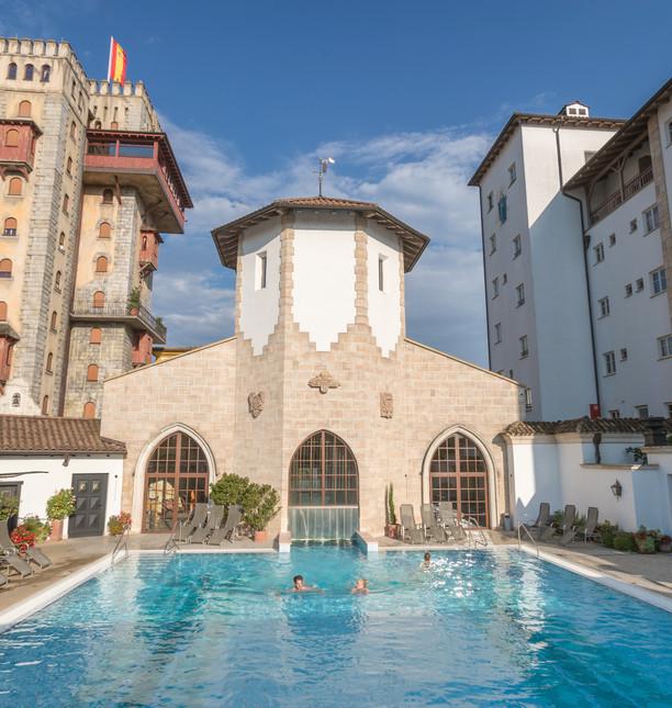 EP16_Resort_Santa_Isabel_Pool_02.jpg