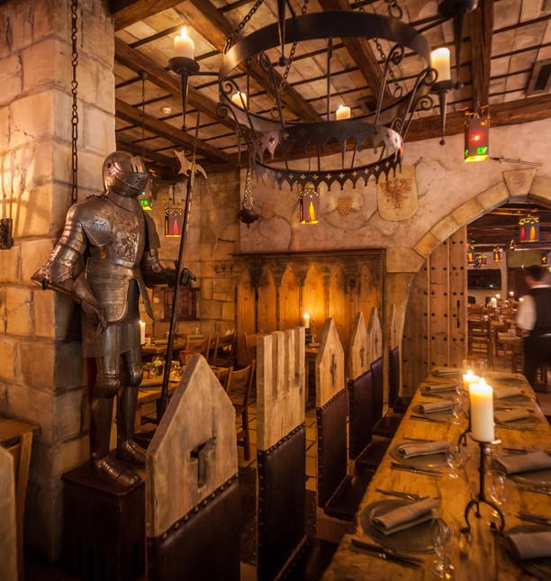 EP16_Castillo_Restaurant_Wappensaal_04.j
