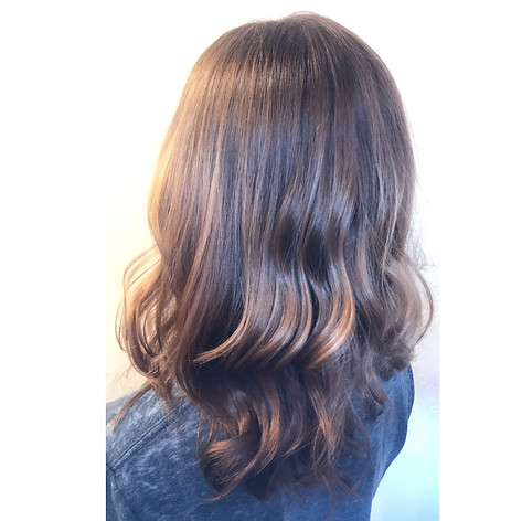 Partial balayage with a root smudge, haircut, blowdry and style.   Leilani Artistry Studio - Coral Springs, Florida   Broward County's best hair and makeup salon.