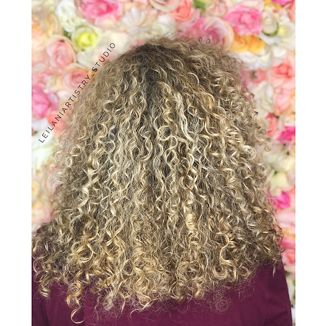 Root retouch and full highlight, blowdry with a diffuser. Curly hair specialist!    Leilani Artistry Studio - Coral Springs, Florida   Broward County's best hair and makeup salon.