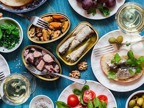 Διατροφή στην καραντίνα: Πως να φροντίσουμε σωστά το σώμα μας και να μην πάρουμε βάρος
