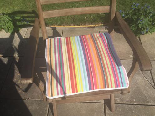 Provence medium cushion