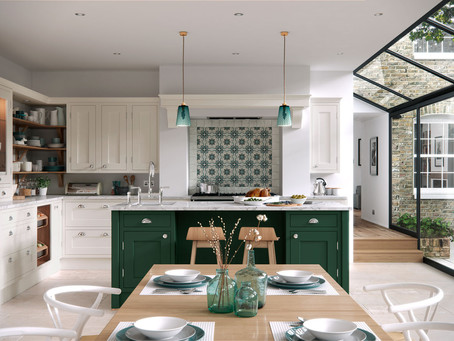 How to create the perfect entertaining space with your new fitted kitchen
