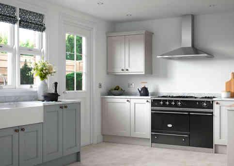 Allestree kitchen in luna and porcelain