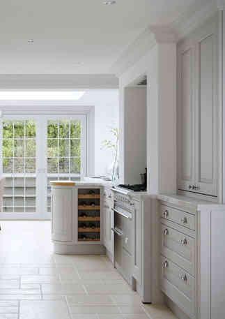 Eildon kitchen light grey