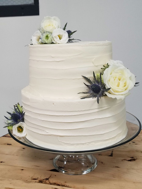 Two Tiered Weding Cake