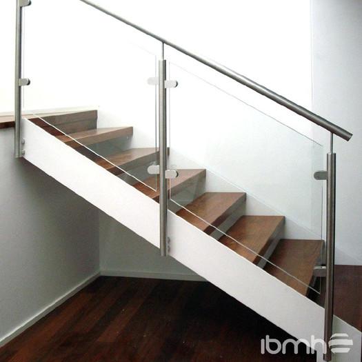 Barandal escalera Templado 10mm postes c