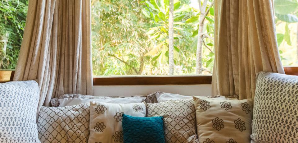 Bay Window_Casa Sea_Vista Villa_Goa.jpeg