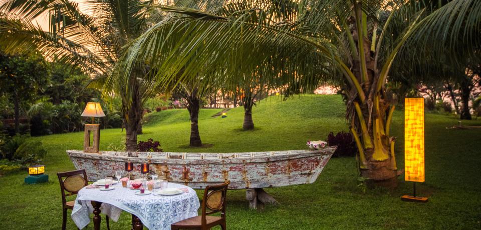 Outdoor Dining 1_Hamsa Villas_Goa.jpeg