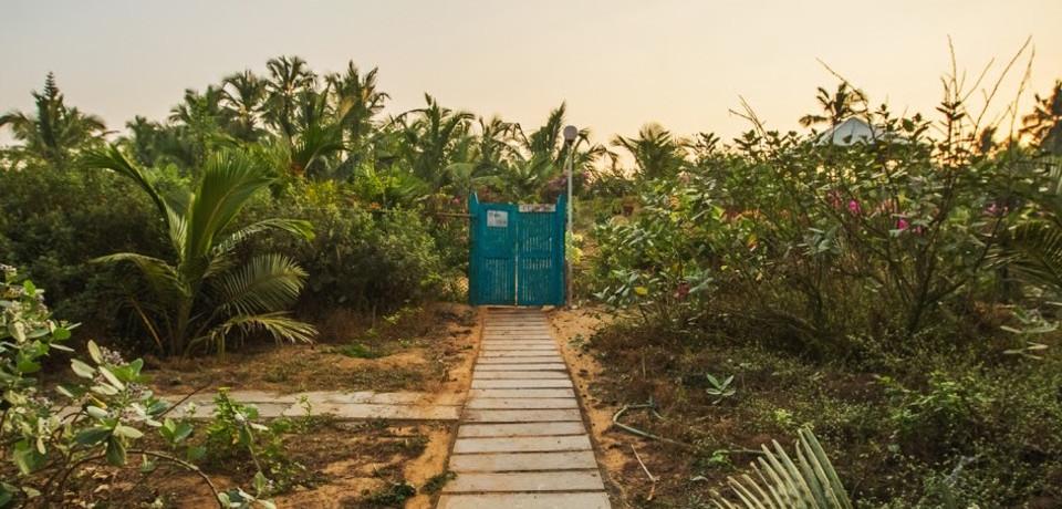 Beach Access_Hamsa Villa_Goa.jpeg