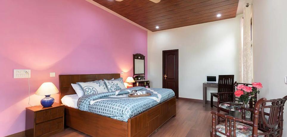 Bedroom_7.webp