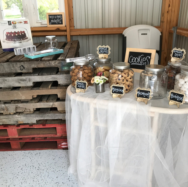 Rustic deserts in the barn
