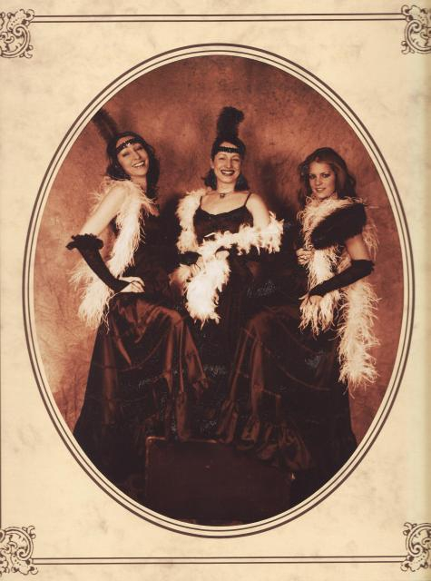 Moulin Rouge Trio