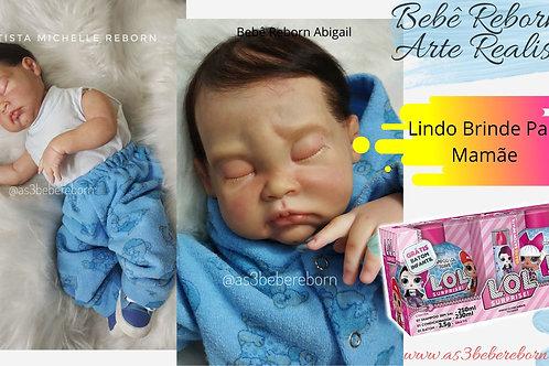 Bebê Reborn Yan Olhos Fechados peso 2kg e 52Cm