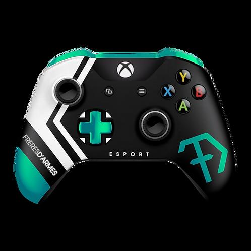 Manette Xbox custom FDA (Frères d'Armes Esport) par ESCONTROLLERS