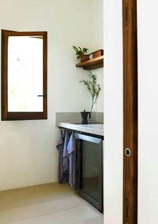 Kitchenette Guest Apartment