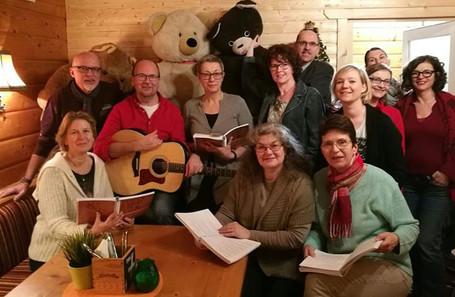 Lagerfeuermann-Singrunde in der Bärenhütte, Gießhübl