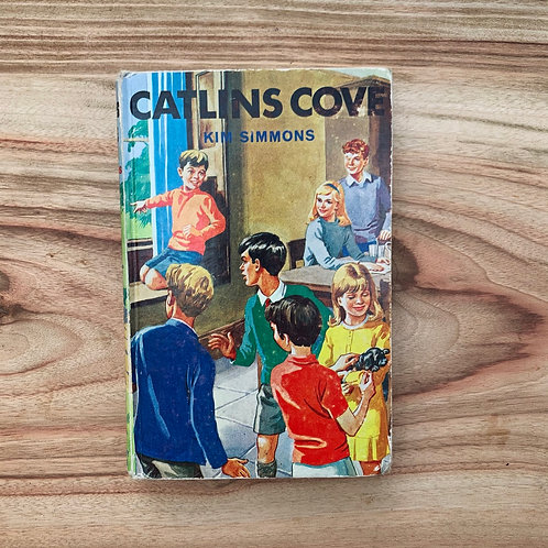Caitlin's Cove - Folding Book Lamp