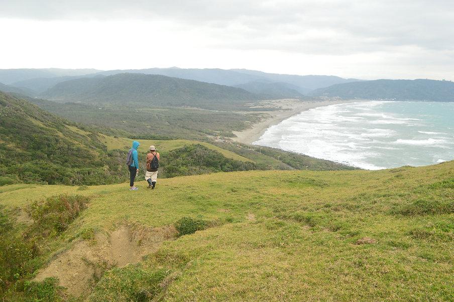 鼻頭草原上可看到無敵海景.jpg