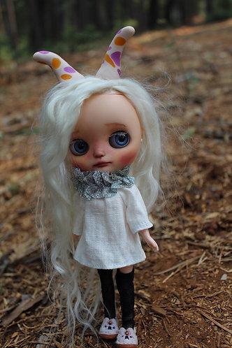 Johnsoni (Johnna) , a custom Middie Blythe Doll