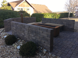 Pavers and Block Wall Back Patio