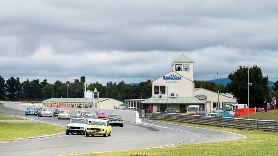 opening lap at wakefield park raceway