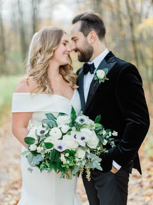 Art in Bloem - Barrie Collingwood Muskoka Wedding Forist bridal bouquet