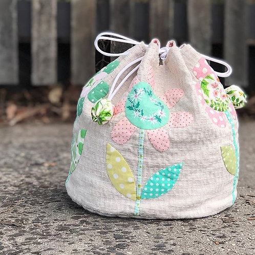 Spring Blooms Dilly Bag