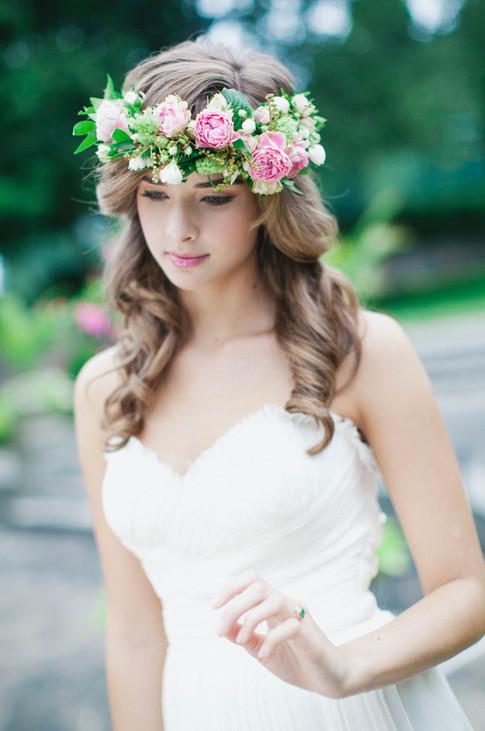 Bridal Hair Stylist Candace French Graydon Hall North York