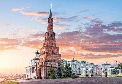 Казанский Кремль и улица Баумана..jpg