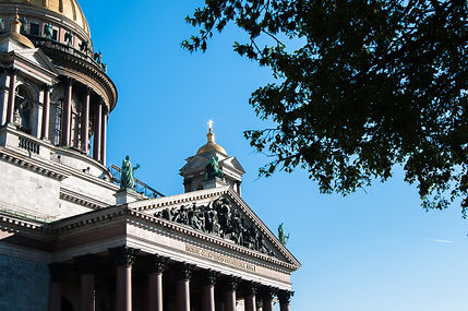 Исаакиевский собор и Юсуповский дворец.j