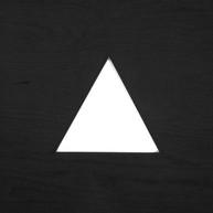 Mirilla triangular