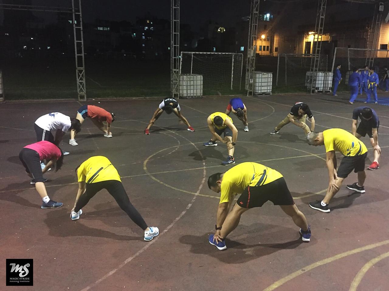 Huấn luyện nhóm tại sân Hoa Lư_3