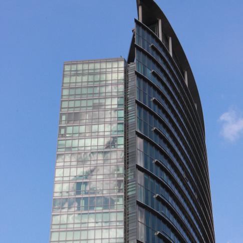Interesting facade, Canary Wharf