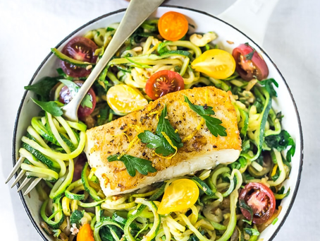 Lemony courgetti noodles with fish