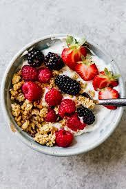 Strawberries and blueberries breakfast bowl